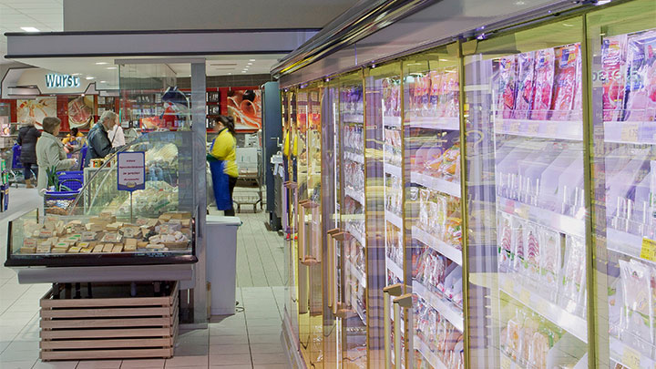 Philips Lighting illuminating the freezer cabinets at Edeka Glückstadt improving attractiveness with energy saving solutions