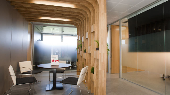 Philips Lighting creating an ambience for the break areas of E.ON, Spain with enhanced LED lights