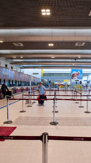 Enhanced Philips Lighting systems gives light to Manchester Airport Terminal 2