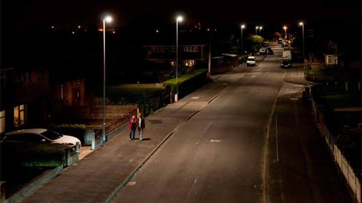 Nicely lit street at Orford, UK by Philips street lighting