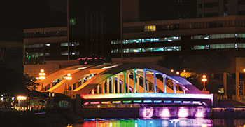 LED lighting technology on five iconic river bridges in Singapore